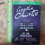 By The Pricking of My Thumbs (A Tommy & Tuppence Mystery)