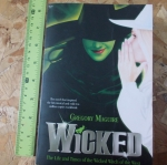WICKED (By Gregory McGuire)