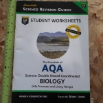 The Essentials of AQA Science: Double Award Coordinated BIOLOGY (Life Processes and Living Things)