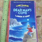 Dead Man's Cove (A Laura Marlin Mystery)