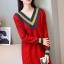 เสื้อกันหนาวไหมพรม พร้อมส่ง สีแดง คอเสื้อวี สลับสีเก๋ แขนยาว ถักลายลูกโซ่ด้านหน้า น่ารักๆ ใส่กันหนาวได้ค่ะ thumbnail 2