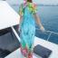 maxi dress ชุดเดรสยาว พร้อมส่ง สีฟ้า คอวีลึก ลายดอกไม้สีสัน สม๊อคช่วงเอว สวยมากๆค่ะ ใส่สบาย thumbnail 4