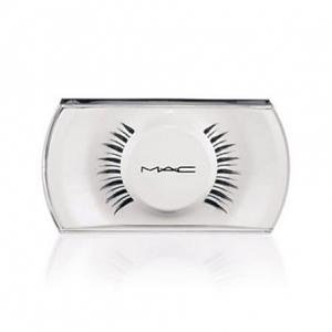 Mac Cosmetics - #7 Lash