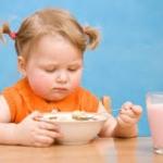 10 วิธี แก้ปัญหาลูกกินยาก