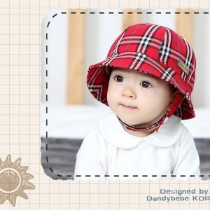 HT473••หมวกเด็ก•• / หมวกปีกกว้าง-ลายสก็อต burberry (สีแดง)