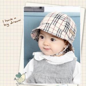 HT472••หมวกเด็ก•• / หมวกปีกกว้าง-ลายสก็อต burberry (สีครีม)