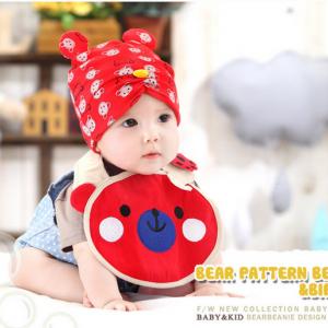 AP152••เซตหมวก+ผ้ากันเปื้อน•• / [สีแดง] น้องหมี