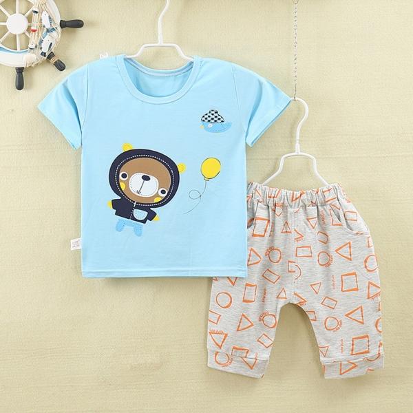 รูปภาพสินค้า ชุดเด็กเล็ก เสื้อแขนสั้น+กางเกงสามส่วน ผ้านิ่มเด้ง ลายหมีเล่นลูกโป่ง มีขนาด 0-4 ขวบ
