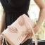 กระเป๋าสะพายข้าง ปรับถือเป็นคลัชได้ วัสดุหนังsaffiano สวยดูดี ด้านข้างแอบเก๋ด้วยขนกระต่ายน่ารักสุดๆ สไตล์ Kate มาพร้อมสายสะพายโซ่ สามารถถอดแยกได้ thumbnail 8