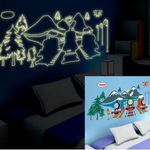 """สติ๊กเกอร์เรืองแสงตกแต่งห้องเด็ก """"Thomas"""" ความสูง 50 cm กว้าง 110 cm"""