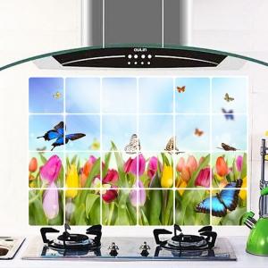 """สติ๊กเกอร์ติดครัวกันน้ำมันกระเด็น """"Tulip and Butterfly"""" ขนาด 60 cm x 90 cm"""