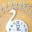 นาฬิกาติดผนัง รุ่นนกยูงเงินพลอยฟ้า thumbnail 3