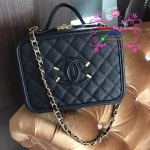 Chanel CC Filigree Vanity Case สีดำ งานHiend Original
