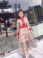 Maxi Dress เดรสยาวปักลายดอก แต่งขอบลูกไม้แดง
