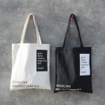{ พร้อมส่ง } กระเป๋าผ้า/ถุงผ้าพิมพ์ลาย (มีให้เลือก 2 สี)