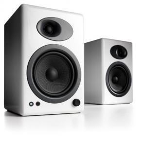 audioengine A5+ POWERED SPEAKERS รับประกันศูนย์
