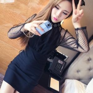 ชุดเดรสแฟชั่นเกาหลีสีดำ ทรงตรงเข้ารูปช่วงบนผ้าซีฟอง