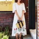 MD0017 เสื้อผ้าแฟชั่นเกาหลี เดรสเกาหลี เดรสยาว เดรสแฟชั่น แม็กซี่เดรส Maxidress ลายดอก Maxi Dress (สีขาว)