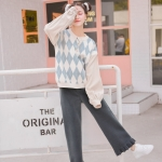 Pre-Order กางเกงกำมะหยี่ขาบานแต่งระบาย เอวยางยืดซิปหน้า มี2สี