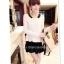 หมดค่ะ SALE//SALE (ส่งฟรี) เสื้อแฟชั่นเกาหลี คัตติ้งสวยเนียบเข้ารูป สีขาว มีซิปด้านหลังใส่ง่าย เนื้อผ้าหนานุ่ม แต่งคอปกสีดำเก๋ๆ thumbnail 5