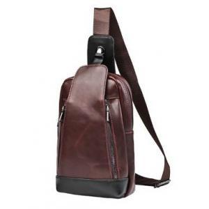 กระเป๋าคาดอก กระเป๋ามือถือ เนื้อ PU กึ่งด้าน แต่งล่างดำ สีน้ำตาล