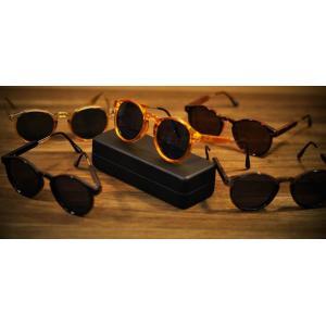 กรอบแว่นตากันแดดแฟชั่น เรโทร วินเทจ แบบขาครึ่งบาร์ ( สีดำ เทา ส้ม กระ ชา)
