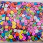 ลูกปัดพลาสติก สีขุ่น ดอกกุหลาบ คละสี 14มิล(1กิโล/1,000กรัม)
