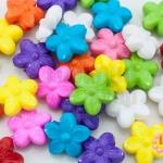 ลูกปัดพลาสติก สีขุ่น ดอกไม้ คละสี 15มิล(1ขีด/100กรัม)