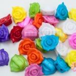 ลูกปัดพลาสติก สีขุ่น ดอกกุหลาบ คละสี 14มิล(1ขีด/100กรัม)