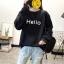 เสื้อแขนยาวแฟชั่นพร้อมส่ง เสื้อแขนยาวสีดำ แต่งสกรีนตัวอักษร Hello +พร้อมส่ง+ thumbnail 2